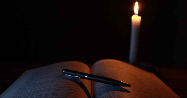 candlelit-book